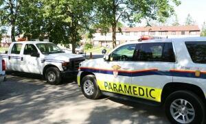 Ottawa paramedics bystander city worker save jogger cardiac arrest June 14 2017