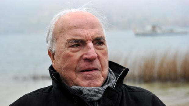 Architect of Germany's reunification ex-Chancellor Helmut Kohl dies