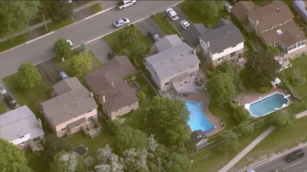 Caregiver pulled from pool after Toddler calls 911