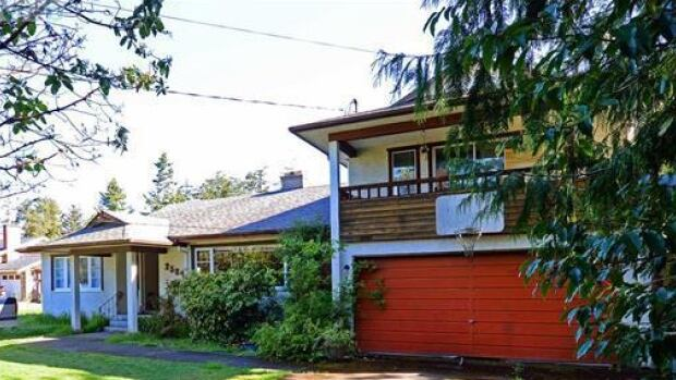 This three-bedroom house in Victoria could be yours for free if you can find a way to move it.