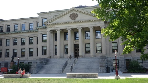 university ottawa tabaret hall