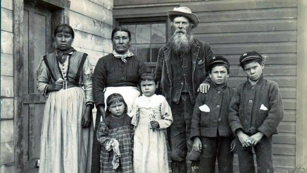A Métis family at Île-à-la-Crosse, Sask.