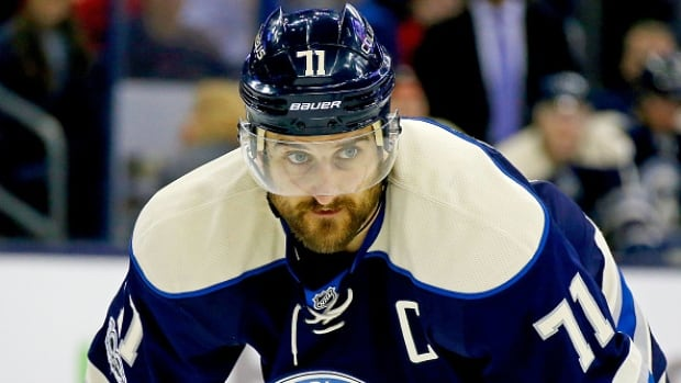 Blue Jackets' Nick Foligno wins King Clancy and Mark Messier awards