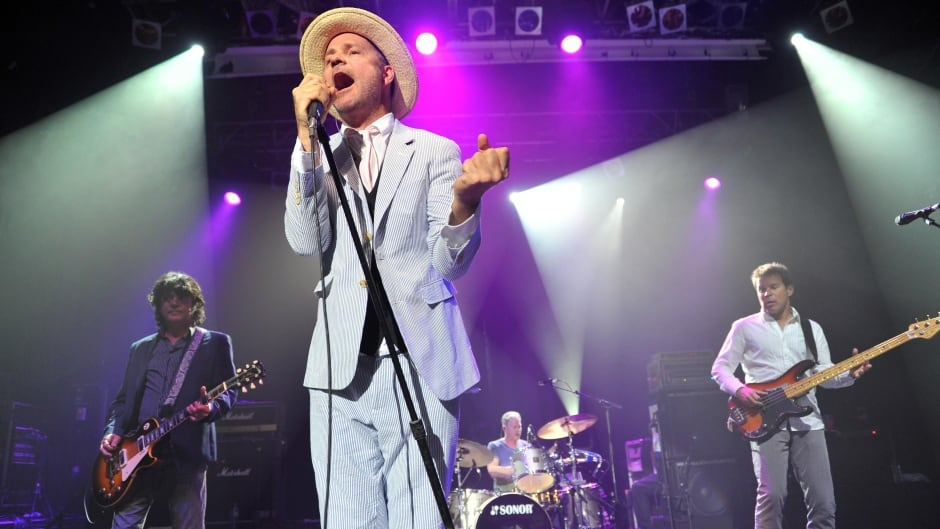 Watch the Tragically Hip play 'Poets' at its 2016 Kingston homecoming