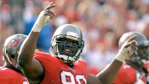 Former Buccaneers defensive lineman Warren Sapp announced on social media Tuesday that he would donate his brain to the Concussion Legacy Foundation after his death.