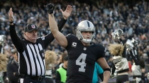 Derek Carr receives richest contract in NFL history