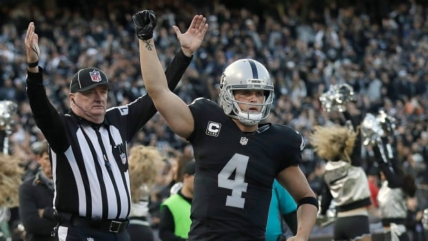 Oakland Raiders QB Derek Carr inked the richest contract in NFL history on Thursday, clocking in at $25 million US per year.