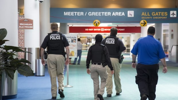 Police officer stabbed in neck at MI airport