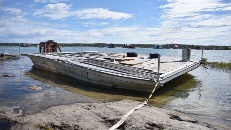 Sibbeston Barge 2