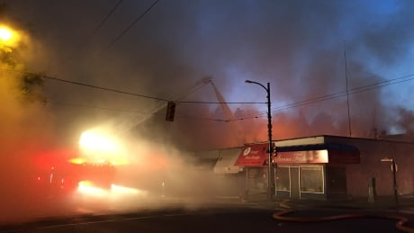 Vancouver firefighters battle large blaze in Kerrisdale