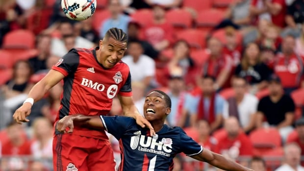 Moor, Giovinco score, Toronto FC beats Revolution 2-0