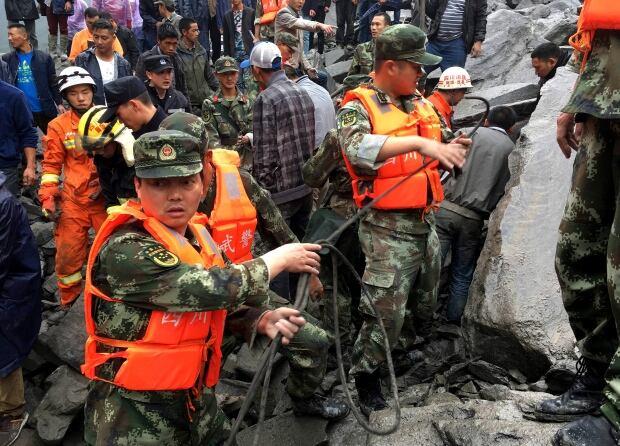 APTOPIX China Landslide