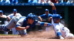 Royals continue hot streak with win over Jays