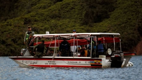 COLOMBIA-BOAT/