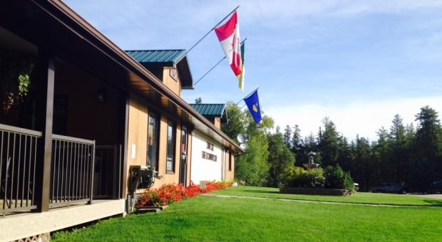 Loon Lake & District Golf & Country Club