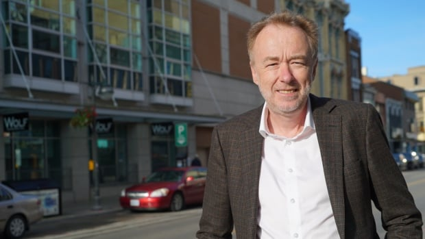 Western University neuroscientist Adrian Owen has launched the world's largest sleep-and-cognition study. Find it at www.worldslargestsleepstudy.com.