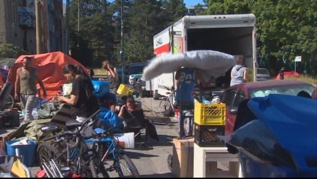 Vancouver tent city residents pack up and move to new site