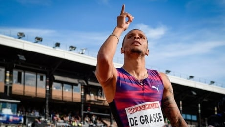 Andre De Grasse easily claims 100m victory at Harry Jerome Classic