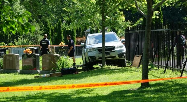 Cemetery robbery goes wrong as alleged thief ends up in critical condition