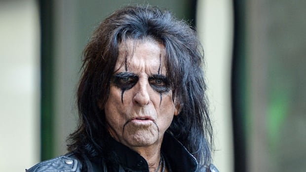 Alice Cooper, seen here in August 2015, is not a perfectionist, but his song Man of the Year inspired Canadian researcher Danielle Molnar to write her PhD dissertation on perfectionism. Cooper gave her paper an A++.
