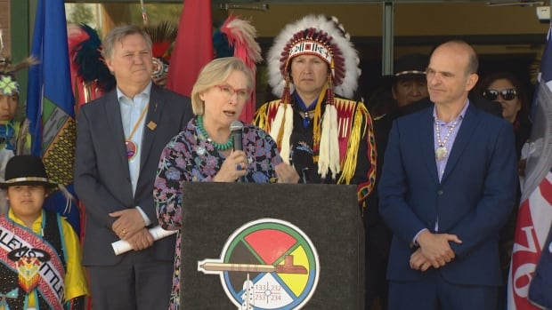 Indigenous and Northern Affairs Canada minister Carolyn Bennett announced a clean water project at the Alexis Nakota Sioux Nation on July 4.