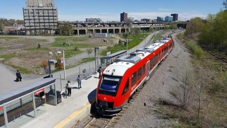 o-train oc transpo otrain rail train passengers may 15 2017 bayview station