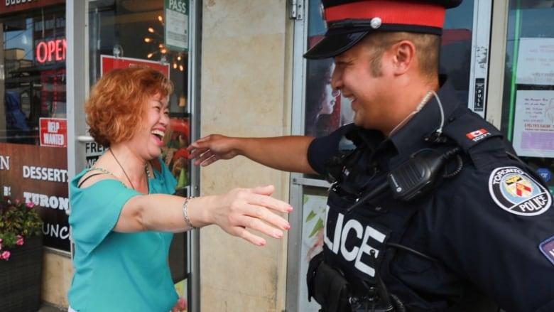 how to meet a cop