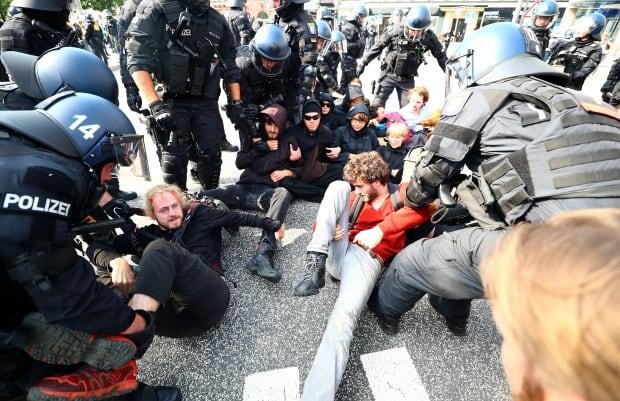 G20-GERMANY/BLOCKADES