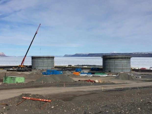 Fuel tanks Nanisivik
