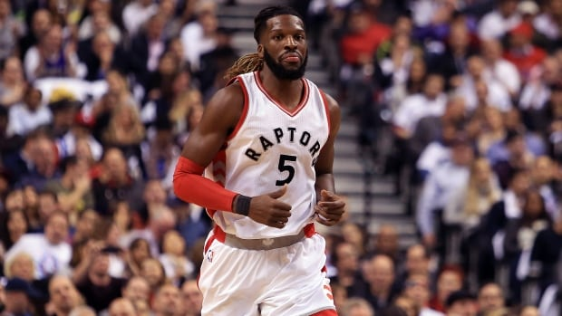 Brooklyn Nets, Toronto Raptors Agree to Trade Involving DeMarre Carroll