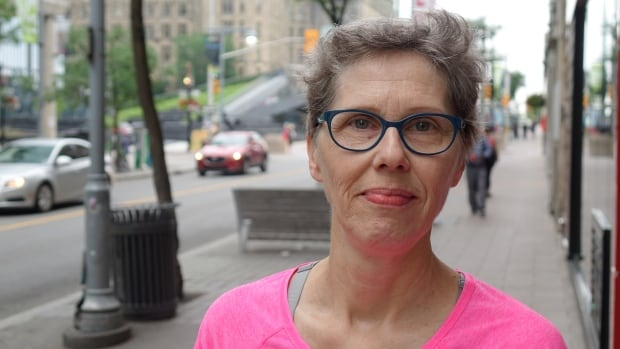 After being diagnosed with lung cancer in 2011, Debi Lascelle is now cancer-free.
