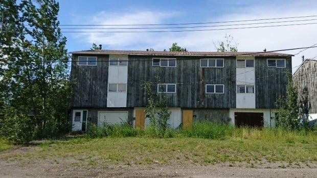 Looking for a fixer upper faro 39 s abandoned homes are on for Fixer upper homes for sale by owner