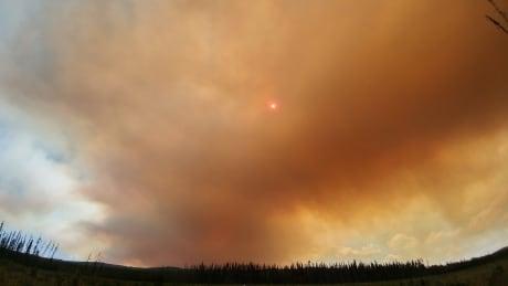 Wildfire behind Sky Hi Lodge