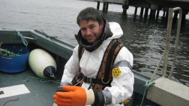 Luke Seabrook trained to become a commercial diver in Ontario.