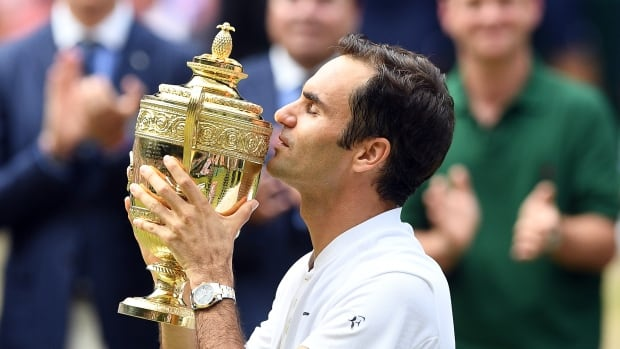 Roger Federer wins eighth Wimbledon title, doesn't drop set throughout tournament