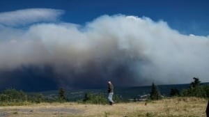 'Incoming weather' heightens fears for new wildfires