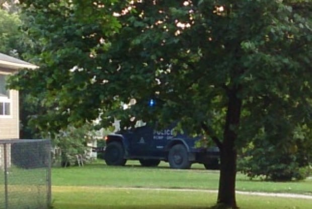 Manitoba RCMP arrest 2 after 'armed and barricaded' standoff in Portage la Prairie
