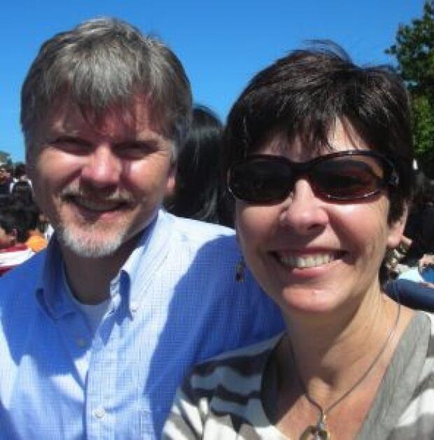 Robert Howard and Ana-Maria Dias