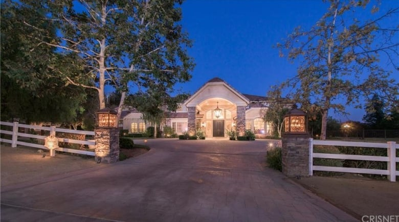 Inside Funnyman Russell Peters New 6 5 Million La Home