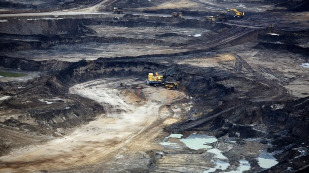 Shots of Alberta's oilsands in publications such as the National Geographic have damaged Canada's environmental reputation. But that can change.