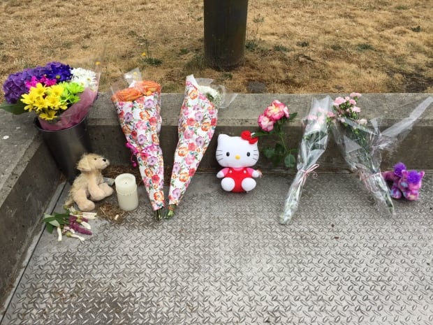 Memorial bouquets as of Friday noon