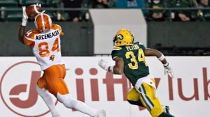 Eskimos' Garry Peters suspended for making contact with official