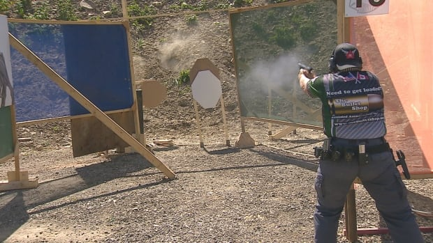 IPSC handgun shooting competition