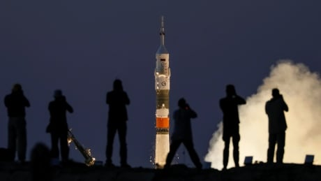 SPACE-STATION/LAUNCH