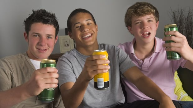 In the fight against youth obesity, people usually worry about sugar-sweetened beverages and inactivity. But researchers at the University of Waterloo thought teen drinking might also be an important factor.