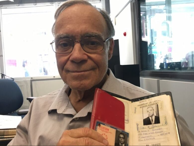 Ottawa man selling hundreds of Canadiana treasures Saturday   CBC News
