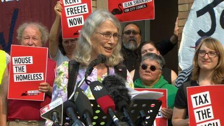 jean swanson announces she's seeking city council seat