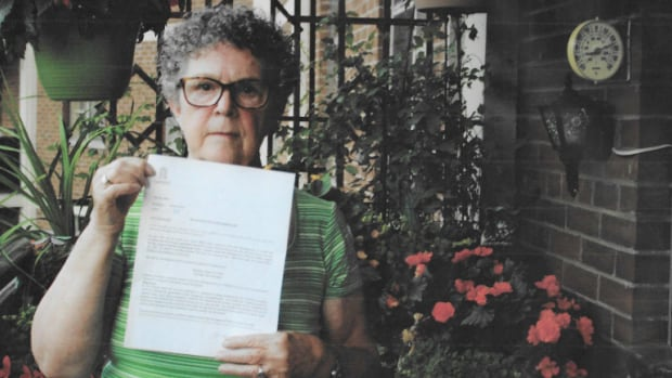 Tenant Patricia Steward displays a letter demanding that she pay a fee to run her air conditioner. She says she's 'ecstatic' that the company that manages her East York apartment building has reversed its decision.