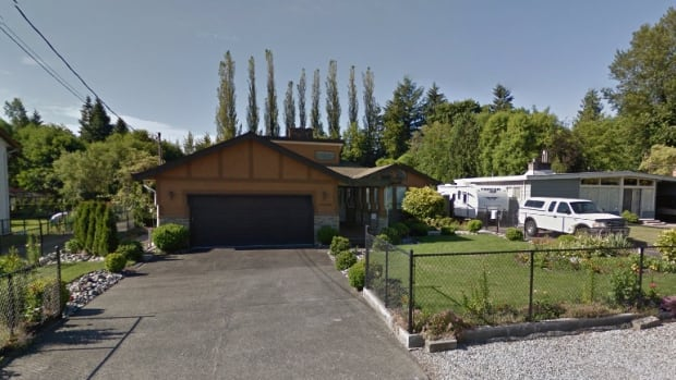 The sellers of this rancher in Surrey's Newton neighbourhood accepted a no-subjects offer for $1,260,000 in May 2016, but after the buyer walked out on that deal it took months to sell, and they only got $910,000.