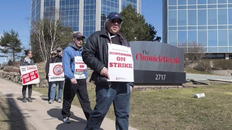 Halifax Chronicle Herald workers ratify deal to end almost 19-month strike thumbnail